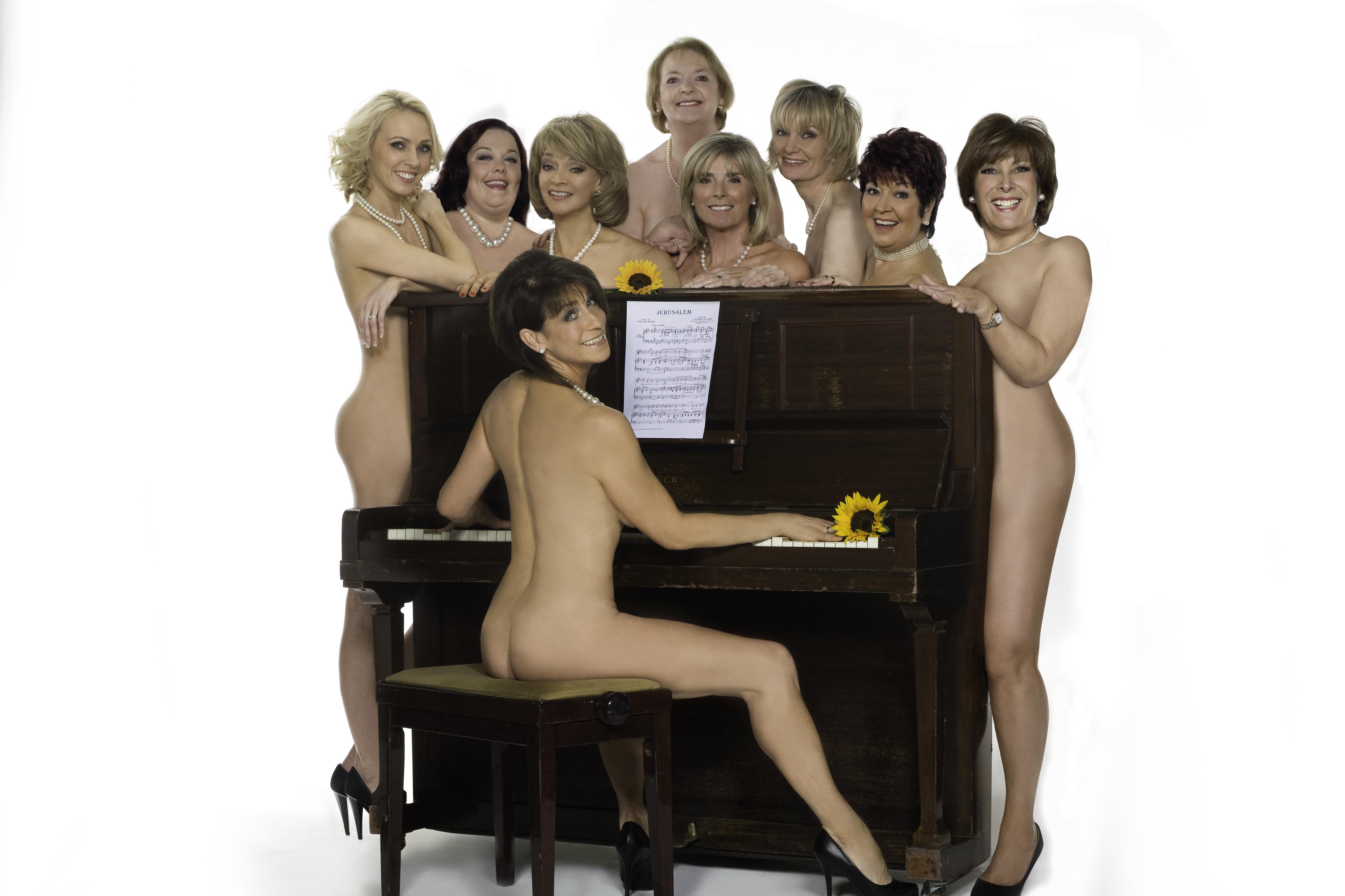 Nude calendar girls old