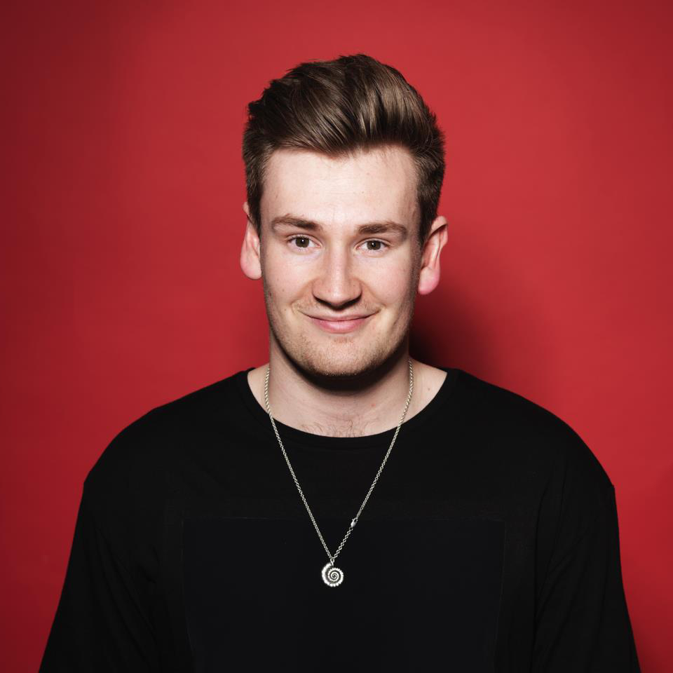 YouTuber Oli White, who has over 2.8 million subscribers, will be attending Hello World Live in Birmingham
