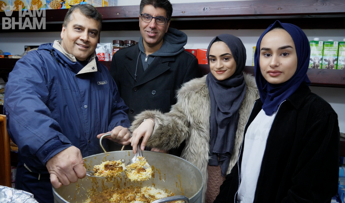 VIDEO: British mosque opens its doors to homeless for Christmas