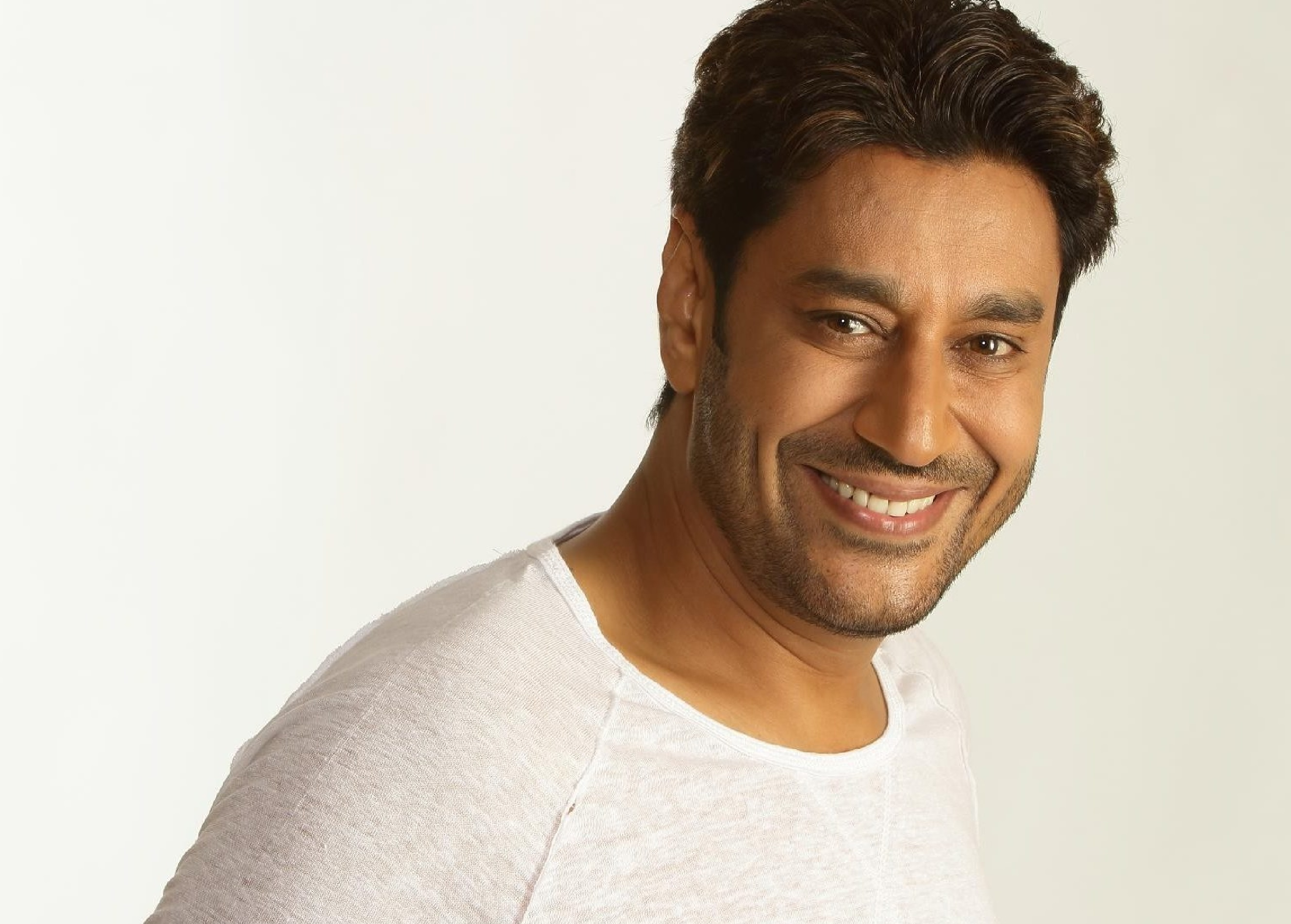 Harbhajan Mann will be launching his new 'Tin Rang' World Tour in Birmingham in March