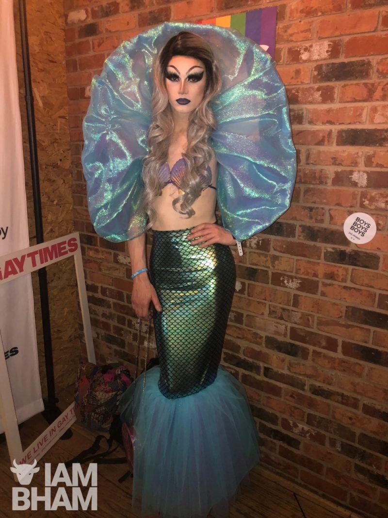 Eva Lution - @eva_lution_queen  drag artist from Birmingham