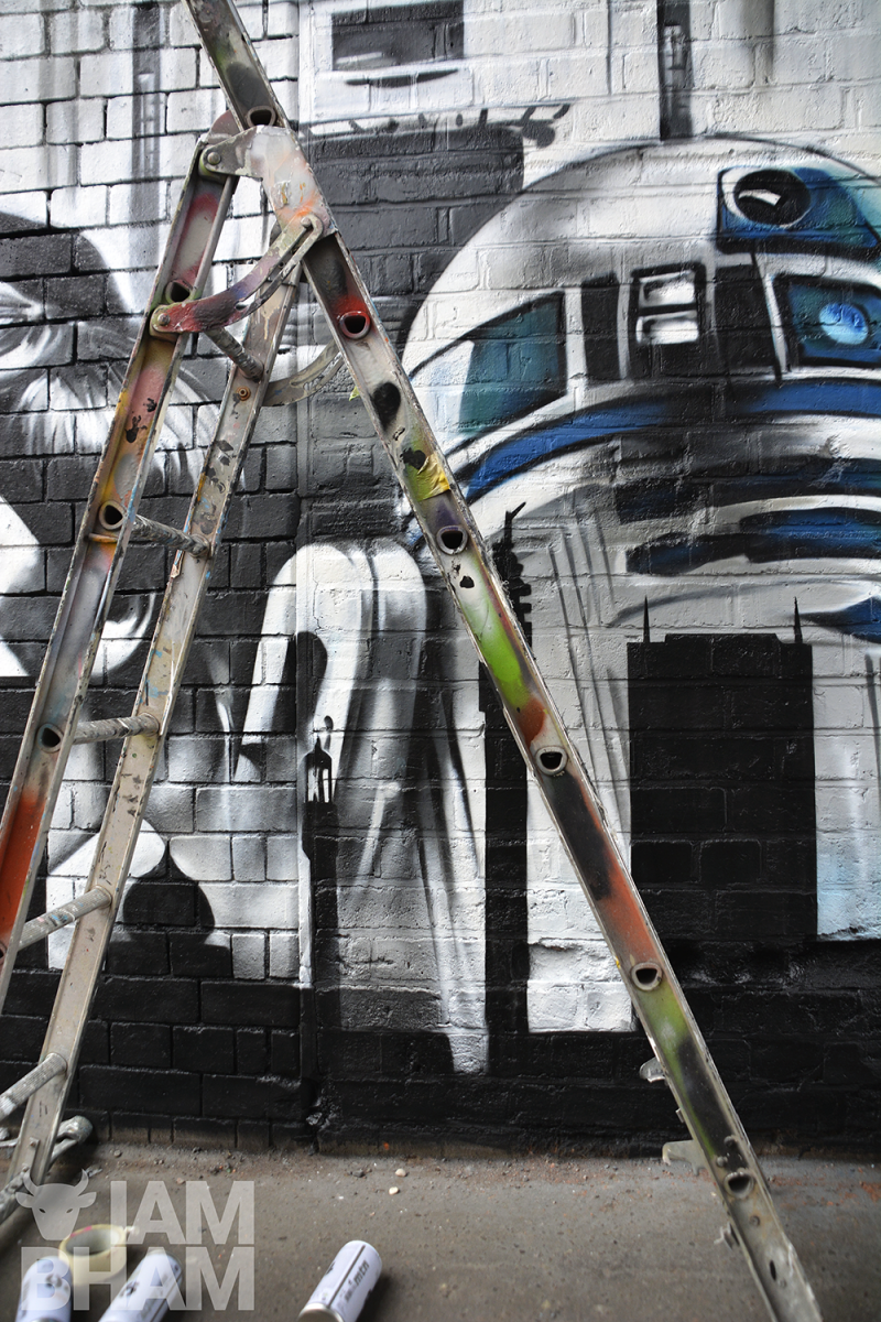 R2D2, famously portrayed by Birmingham actor Kenny Baker, features in the Odeon Luxe mural in Digbeth