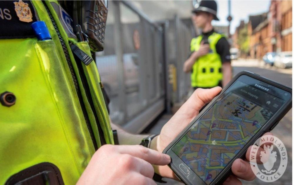 New tech app allows city cops to 'click and collect' criminals