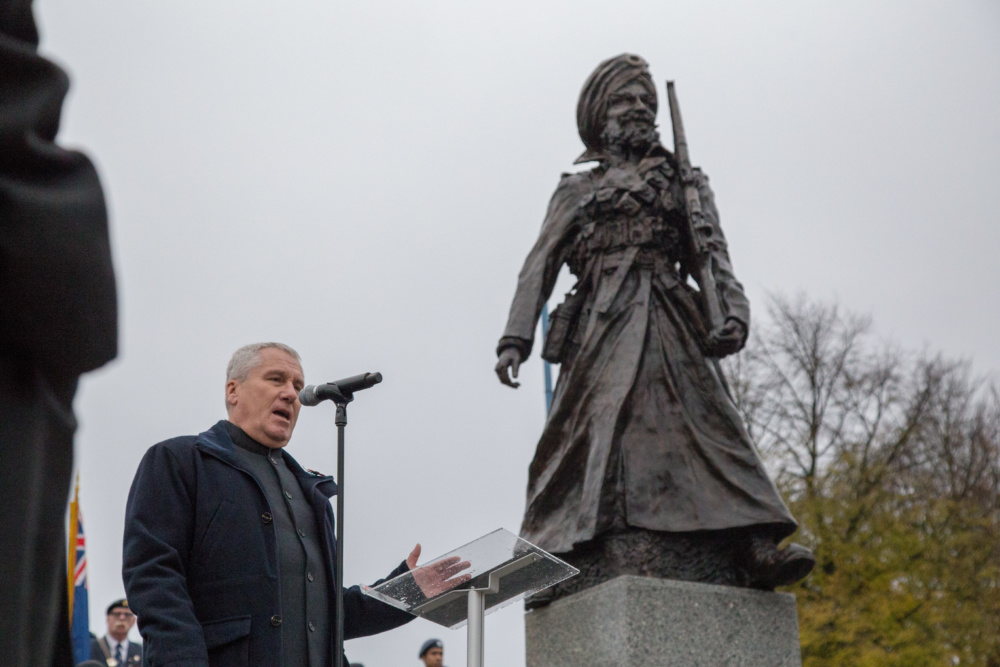 Powerful 'Lions of the Great War' statue honouring WWl Sikhs unveiled in Smethwick
