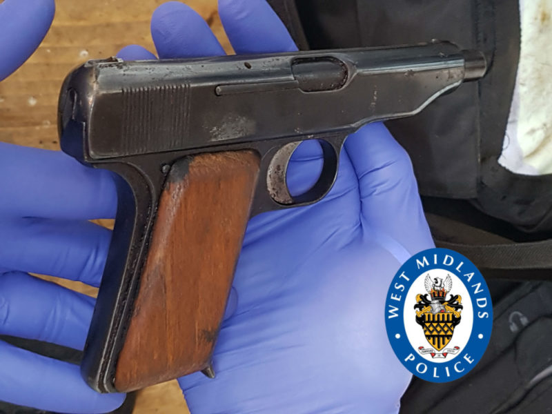 The gun recovered by yesterday by Birmingham Organised Crime and Gangs Team