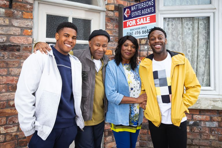 Brummie star Lorna Laidlaw and the new Bailey family in Coronation Street