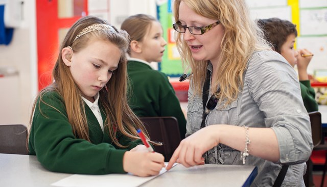 Deaf children in West Midlands fall an entire grade behind at GCSE, according to new research