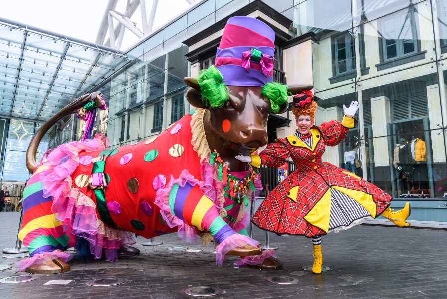 Panto Dame joins Bullring Bull in glad rags ahead of festive period