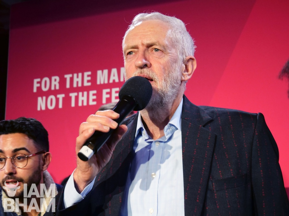 Jeremy Corbyn suspended from Labour party over antisemitism, challenges decision