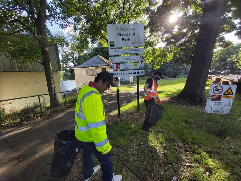 Ward End Park gets a visit from the Waste Warriors team