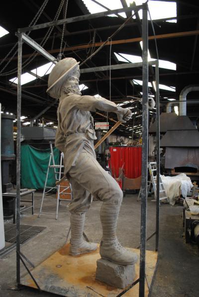 Guru Nanak Gurdwara has commissioned Black Country sculptor Luke Perry to create the statue