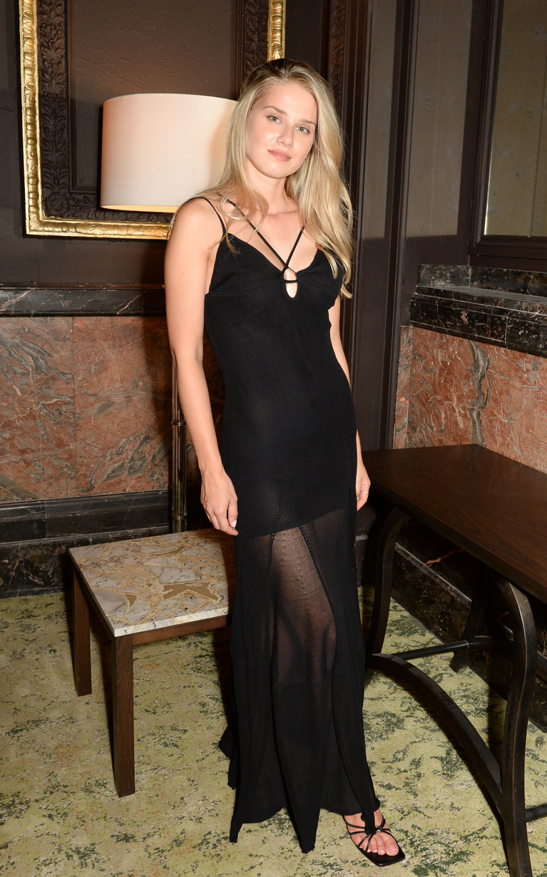LONDON, ENGLAND - SEPTEMBER 09: Iga Wysocka performs attends the launch party for the Grand Hotel Birmingham on September 9, 2021 in London, England. (Photo by David M. Benett/Dave Benett/Getty Images for The Grand Hotel Birmingham)