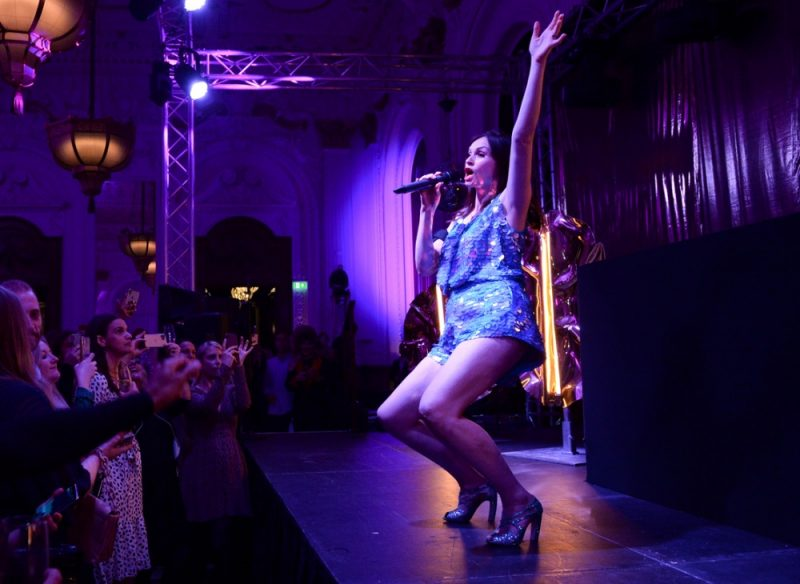 LONDON, ENGLAND - SEPTEMBER 09: Sophie Ellis Bexter performs on stage at the launch party for the Grand Hotel Birmingham on September 9, 2021 in London, England. (Photo by David M. Benett/Dave Benett/Getty Images for The Grand Hotel Birmingham)